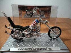 1960-captain-america-jouets-harley-toys-altaya.jpg