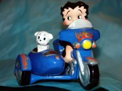 betty-boop-jouets-harley-toys-5.jpg