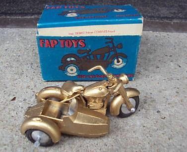fap-toys-debrez-moulage-tekno.jpg