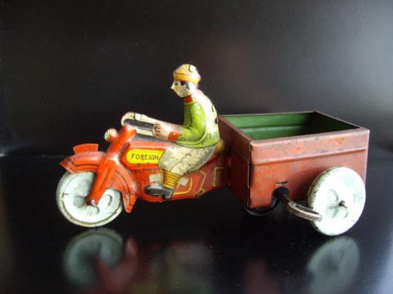huki-jouets-harley-toys-1.jpg