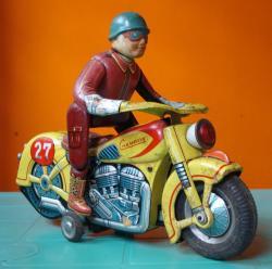 modern-toys-masudaya-3.jpg