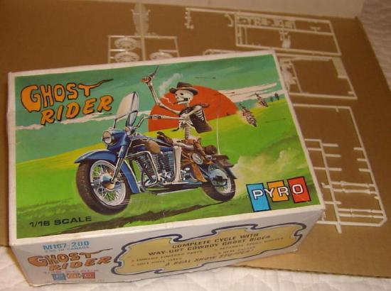 pyro-jouets-harley-toys.jpg