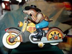 robert-shields-jouets-harley-toys-1.jpg