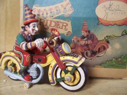 robert-shields-jouets-harley-toys-6.jpg