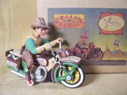 robert-shields-jouets-harley-toys-8.jpg
