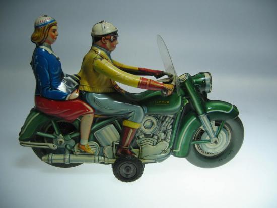 tippco-jouets-harley-toys-3.jpg