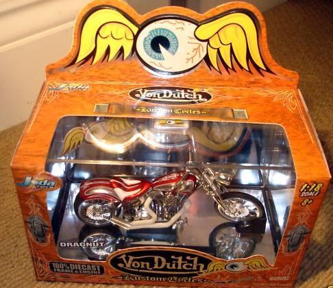 von-dutch-jouets-harley-toys-3.jpg