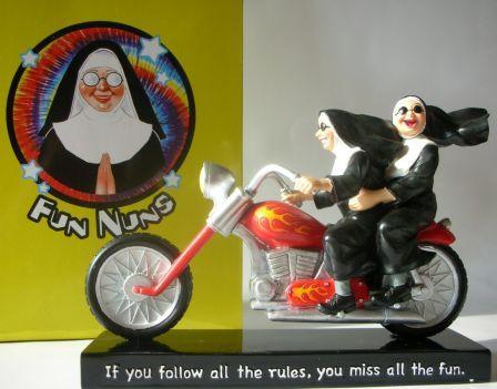 westland-nuns-jouets-harley-toys-3.jpg